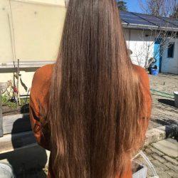 cheveux derriere